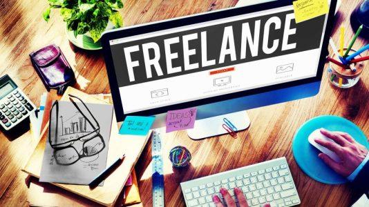 Her 100 Tasarımcının 84'ü Freelance İş de Yapıyor