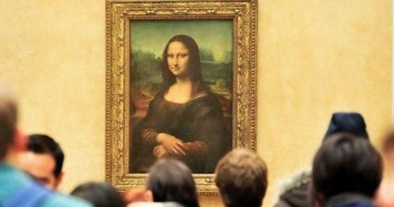 Louvre Müzesi, Fransa'nın Dünya Kupası Zaferini Mona Lisa Aracılığıyla Kutladı