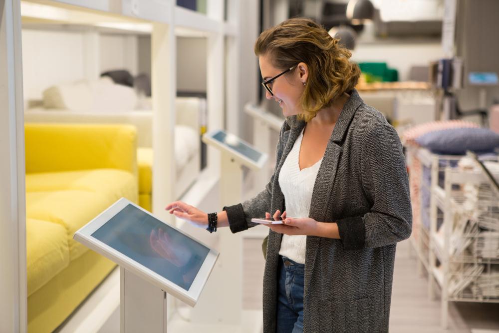 Müşteri Verilerini Kullanarak Kişiselleştirilmiş Deneyimler Sunan 3 Perakendeci