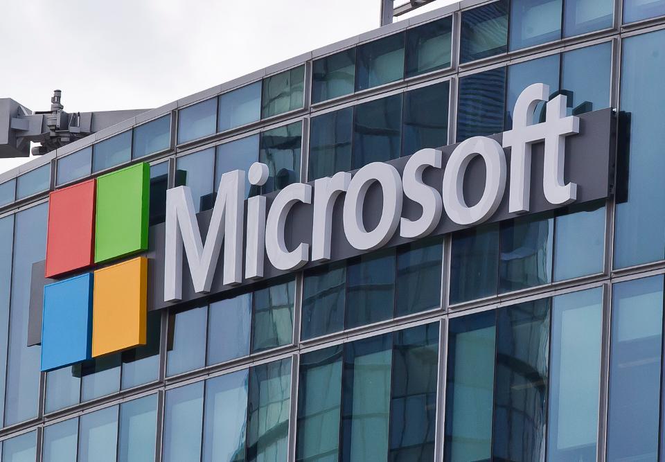 Microsoft, Çocuklu Çalışanlarına 12 Hafta Ücretli İzin Veriyor