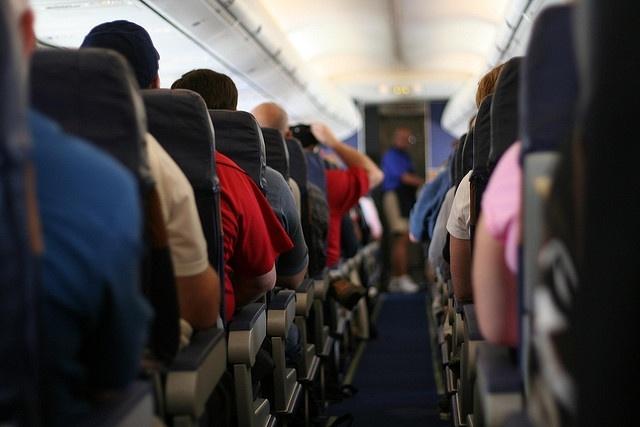 Bazı Havayolları Uçuşlarda Aileler İçin Yan Yana Oturma İzni Vermiyor