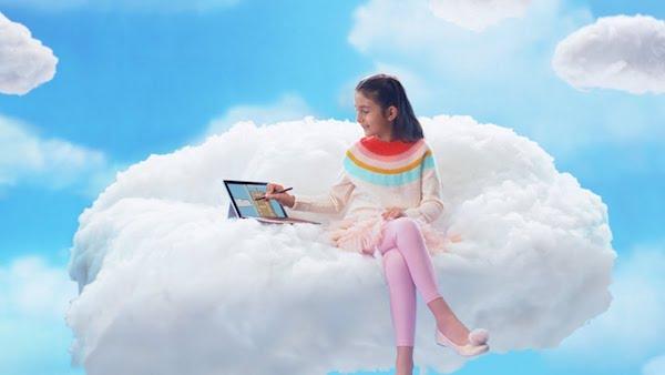 Microsoft Reklam Filminde Apple ile Dalga Geçti