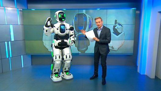 Rusya'da Yüksek Teknolojili Sanılan Robot İnsan Çıktı