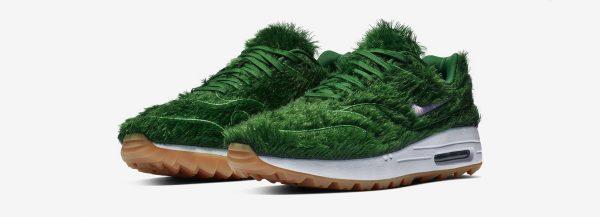 Nike'tan Dış Görünümü Çimi Andıran Spor Ayakkabı