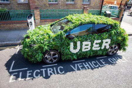 """Uber, Londra'daki Müşterilerinden """"Temiz Hava Ücreti"""" Alıyor"""