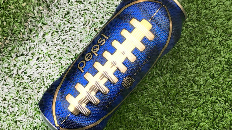 Pepsi'den Super Bowl İçin Amerikan Futbolu Topu Görünümünde Kutu