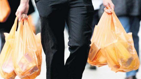 Marketler Plastik Poşetten Elde Ettikleri Ek Geliri Çevre Bakanlığı'na Ödeyecek