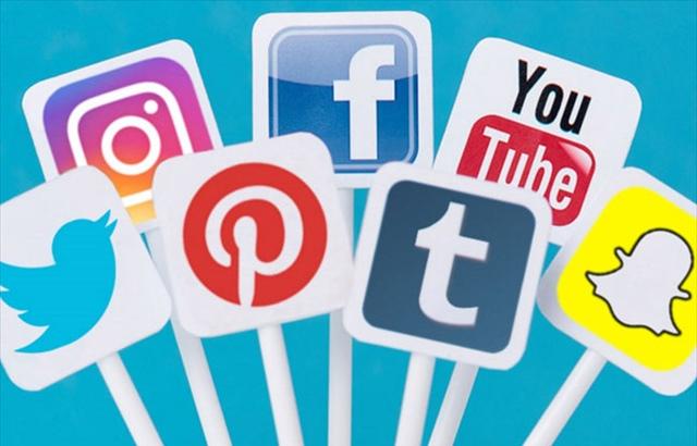 Günde Ortalama 4 Saatimiz Sosyal Medyada Geçiyor