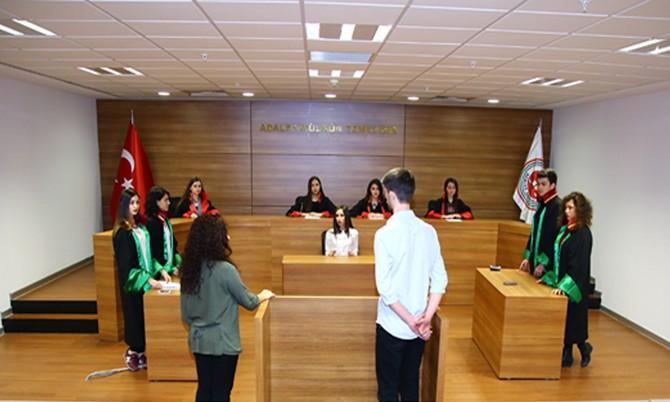 Liseler Sanal Mahkemede Yarışacak