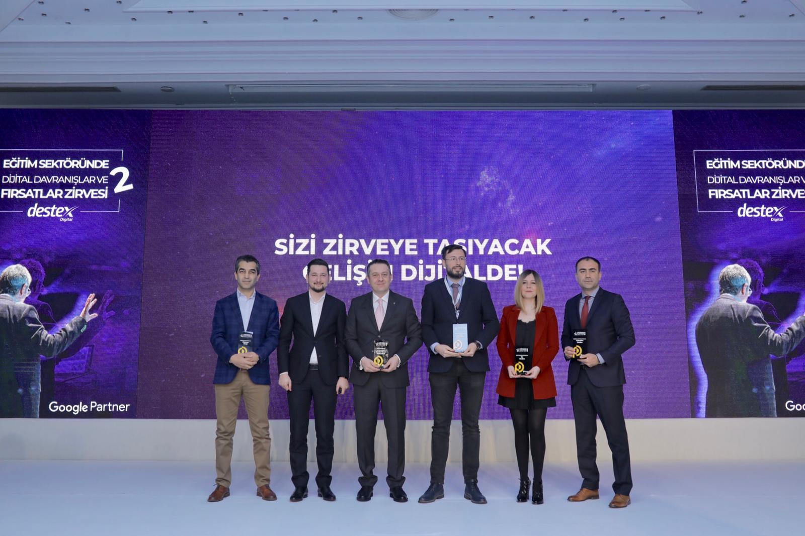 Eğitimde İletişim Ödülleri Sahiplerini Buldu