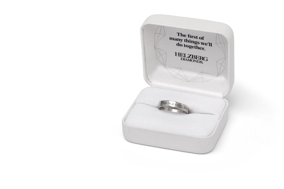 """Sadece Evlilik Teklifi İçin Kullanılan Geçici Yüzük: """"Will You?"""""""