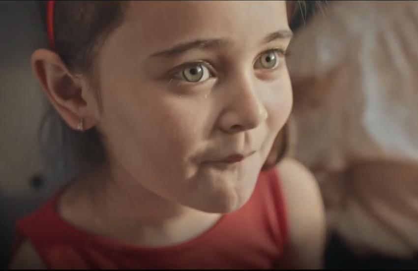 Kent'in Bayram Reklamı İzleyenlere Çorlu Tren Kazasını Hatırlattı