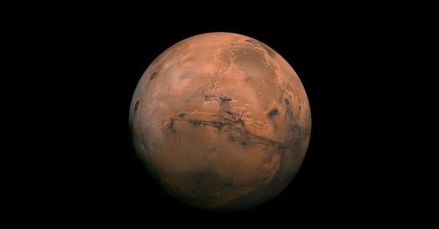 Mars'a Gitmesi İçin Adını Yazdıran 5.3 Milyon Kişiden 2.2 Milyonu Türkiye'den