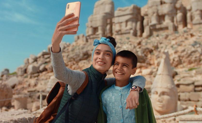 Samsung'un Yeni Reklam Filmi Sizlere de Tanıdık Geldi mi?