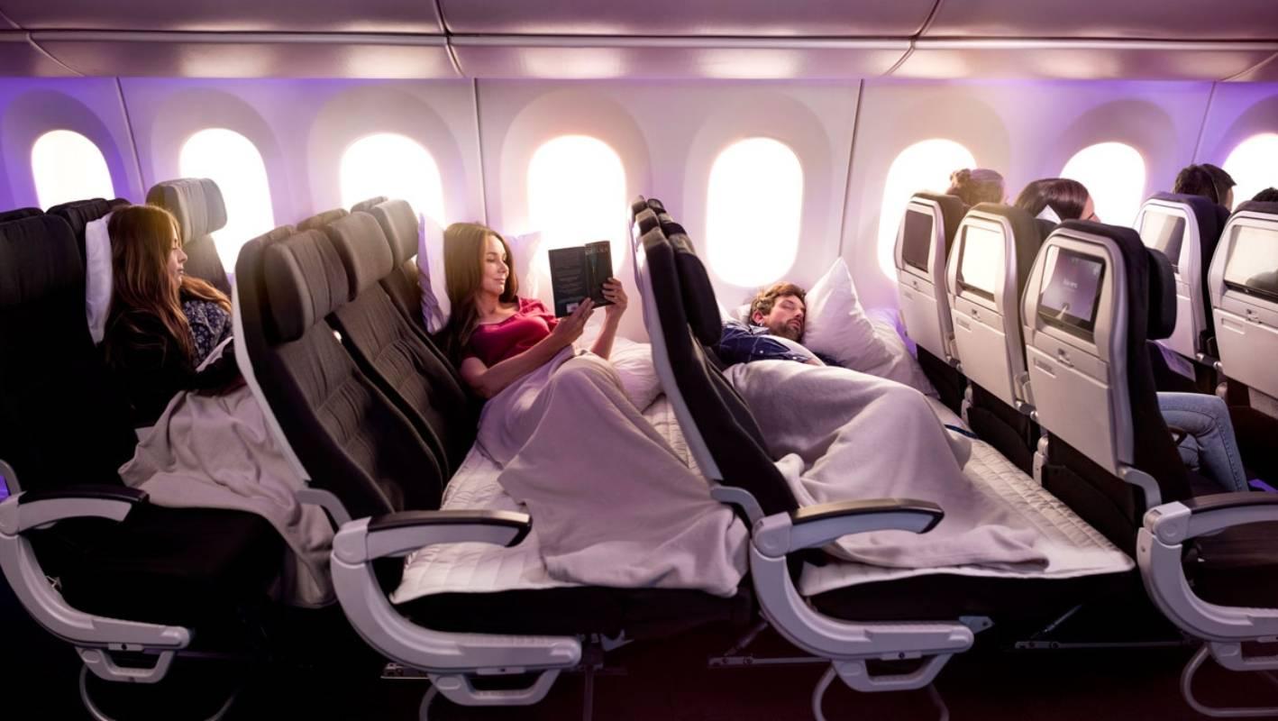 Ekonomi Koltuklarını Yataklara Dönüştüren Hava Yolu Hizmeti