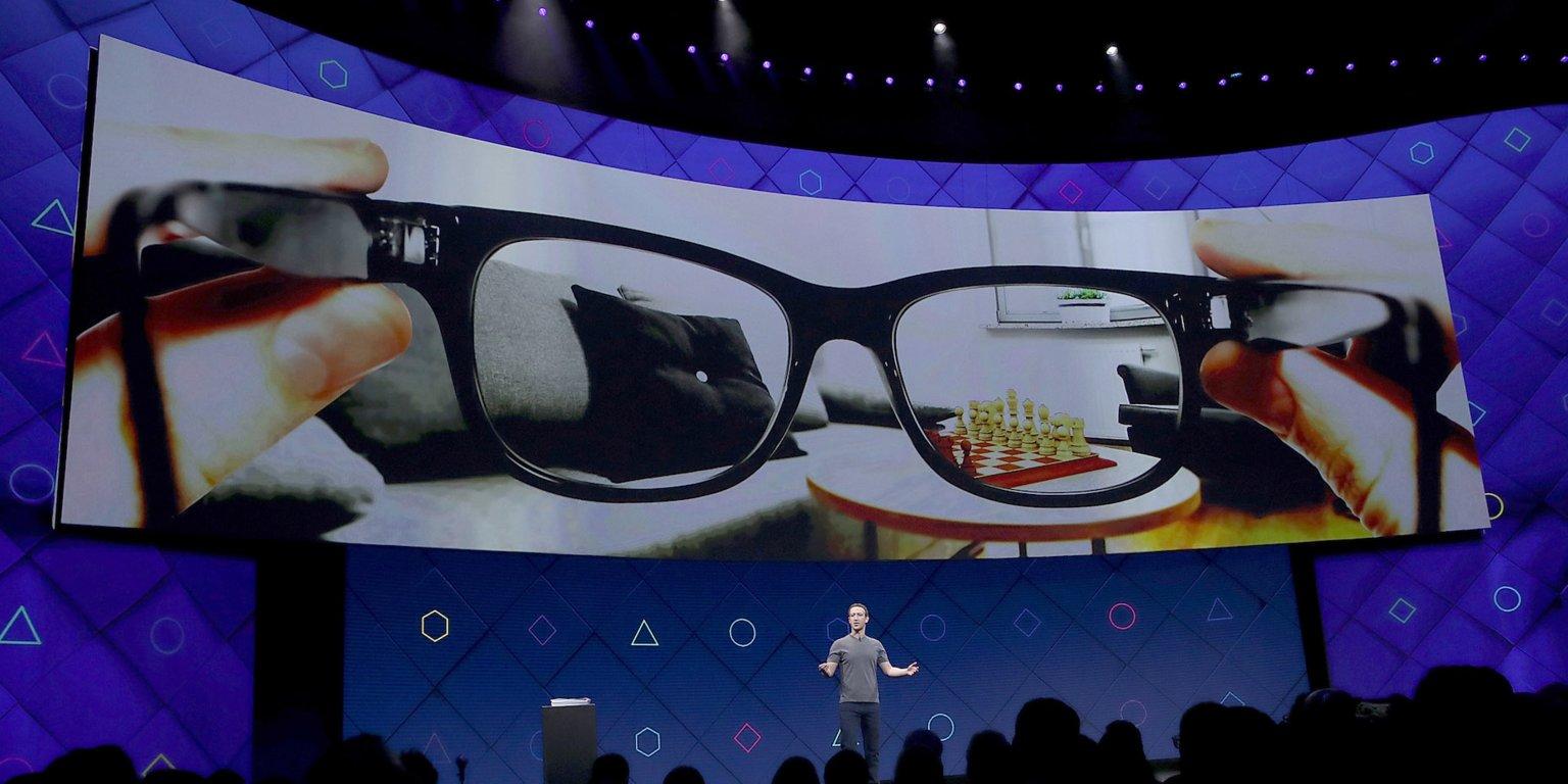 Facebook, Akıllı Gözlük Geliştirmek İçin Ray-Ban'ın Ana Şirketiyle Ortaklık Kurdu