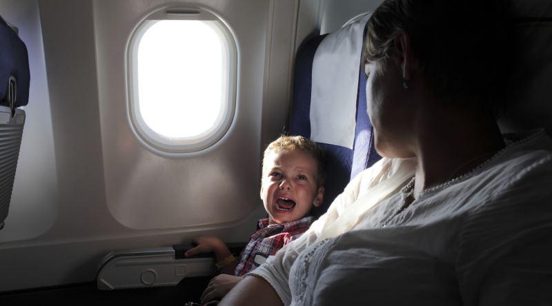 Uçaklarda Bebeklerden Uzak Oturma Seçeneği Sunan Havayolu Şirketi