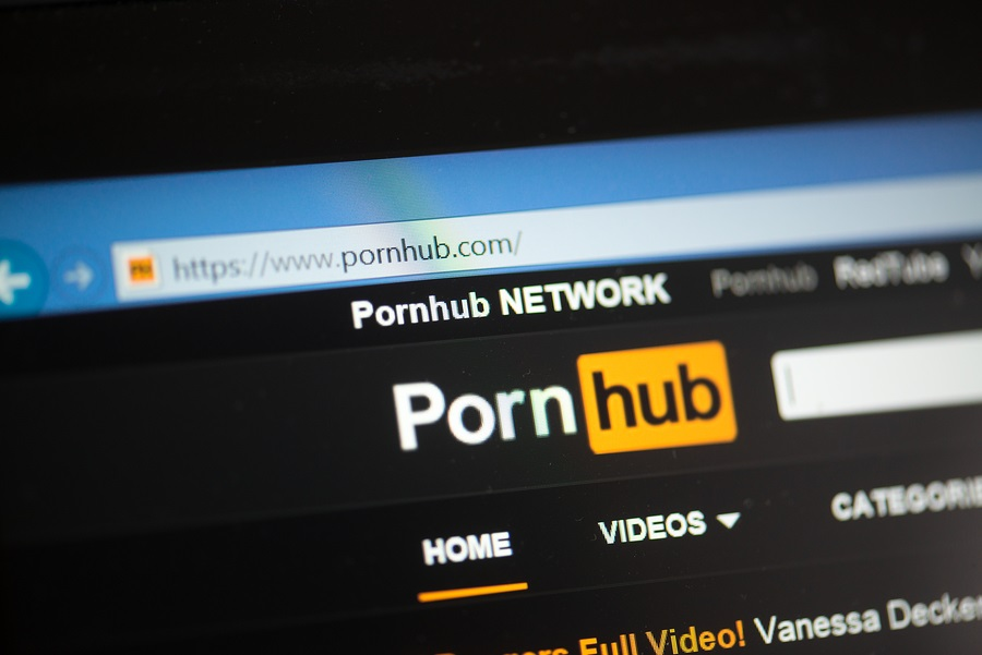 Kraft Heinz ve Unilever, Pornhub'daki Reklamları Nedeniyle Tepki Çekti