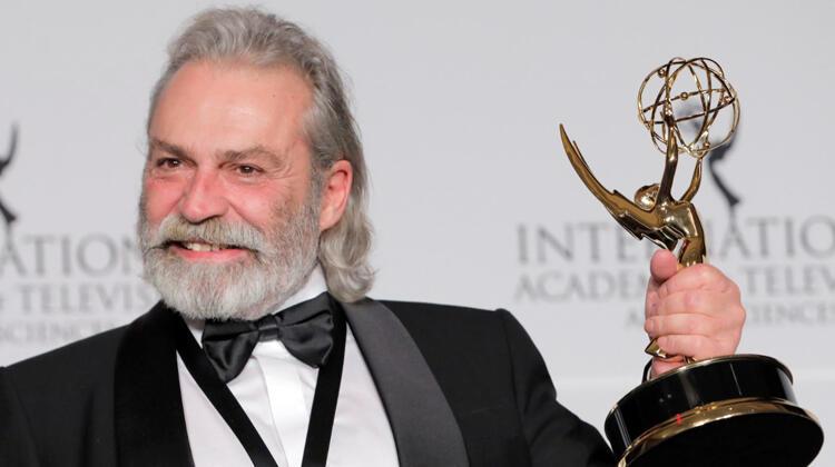 Haluk Bilginer Uluslararası Emmy Ödülleri'nde En İyi Erkek Oyuncu Ödülünü Aldı