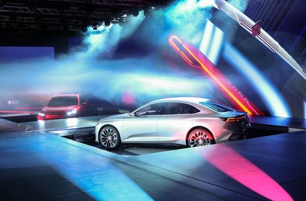 Toyota'dan, Türkiye'nin İlk Elektrikli Otomobiline Destek