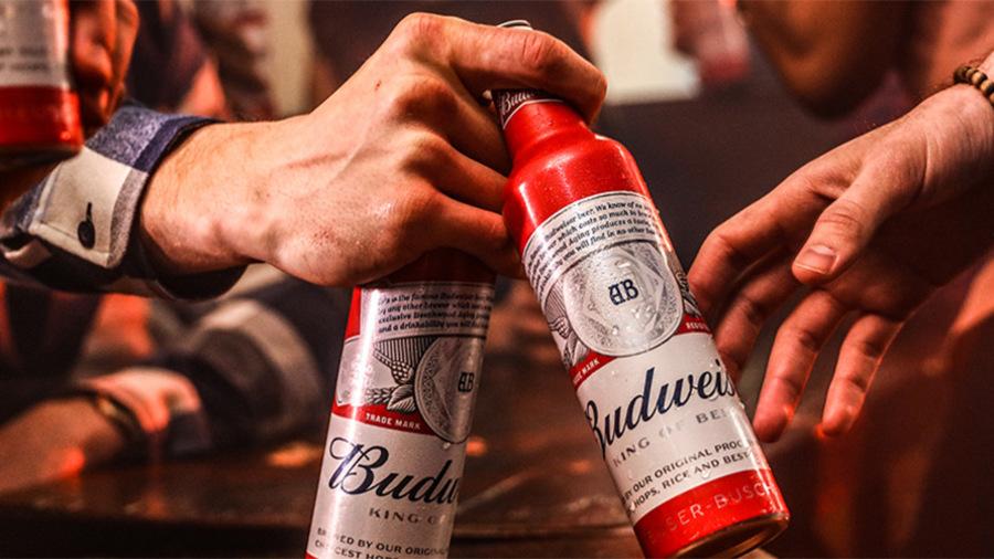 Budweiser, Birleşik Krallık'taki Barlara Sürdürülebilir Enerji Sunacak