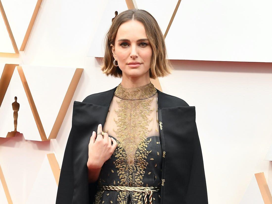 Natalie Portman'ın Şık Oscar Protestosu Sosyal Medyada Beğeni Topladı