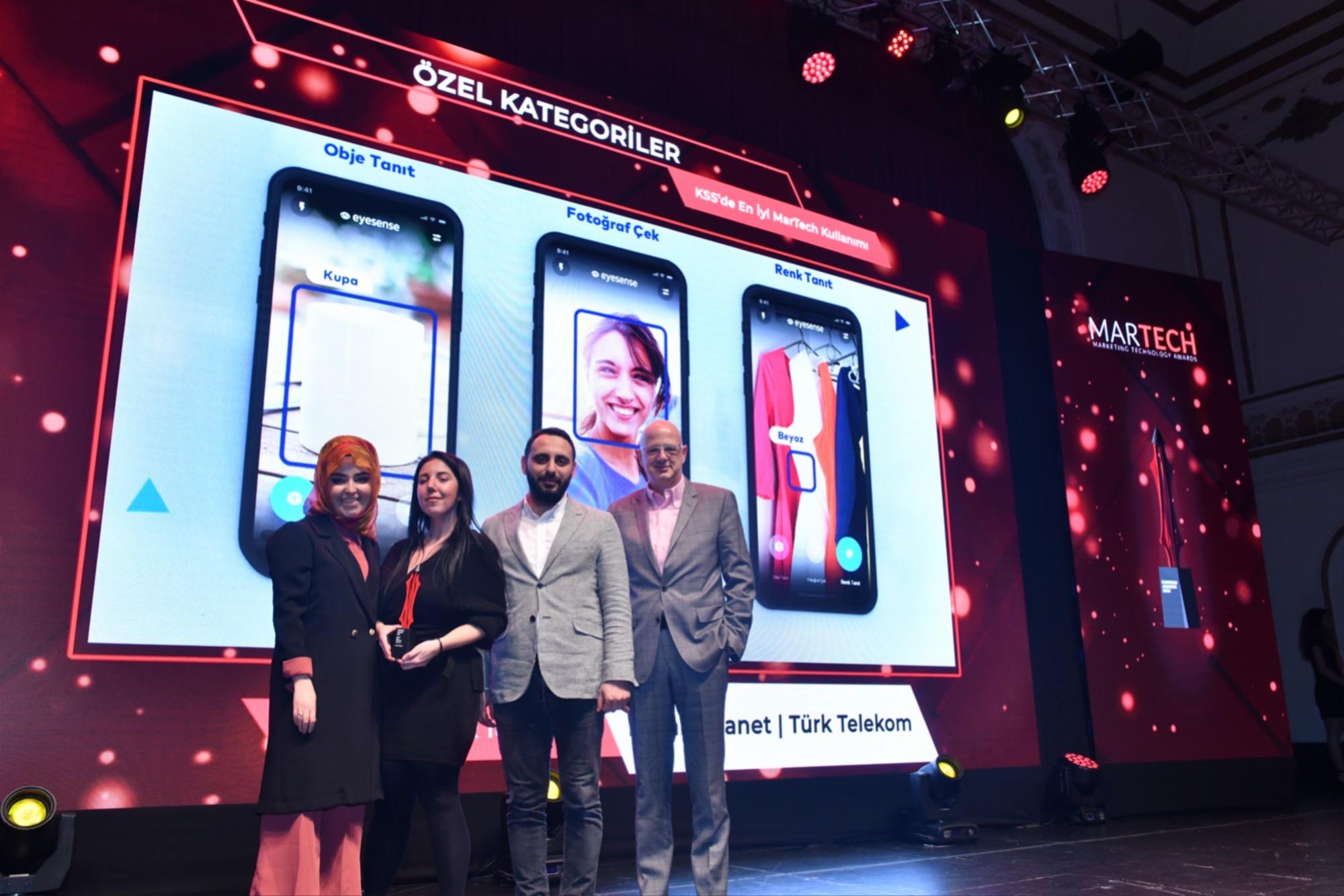 Türk Telekom'un Görme Engelli Kullanıcıların Hayatını Kolaylaştıran EyeSense Uygulamasına 2 Ödül