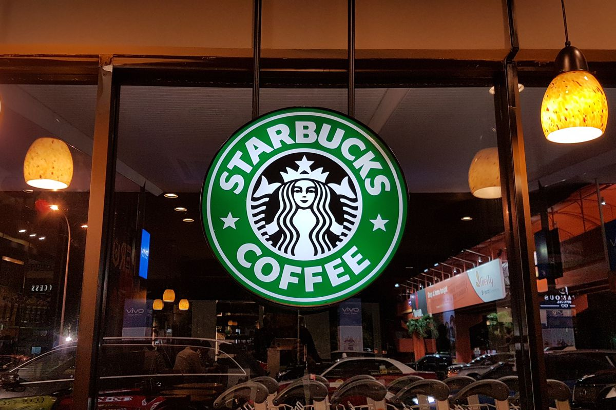 Starbucks'tan ABD ve Kanada'daki Mağazalarında Üst Düzey Corona Önlemi