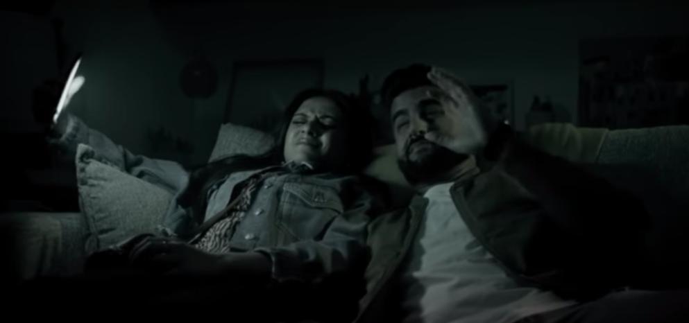 WhatsApp Yeni Karanlık Modunu Reklam Filmi ile Tanıttı