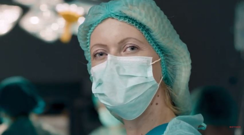 """Boyner'den Sağlık Çalışanlarına: """"Kimseyi Görmedik Sizden Daha Güzel"""""""