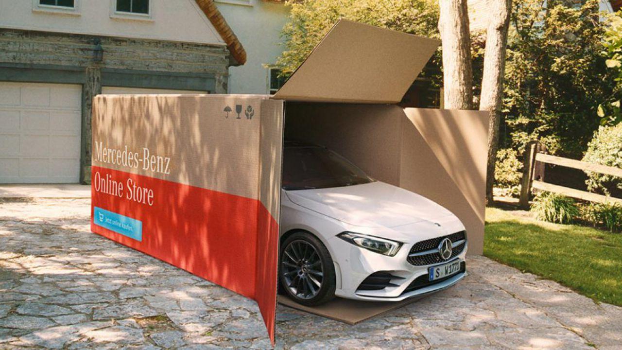 """Mercedes-Benz, """"Eve Araç Teslimatı"""" Hizmeti Başlattı"""