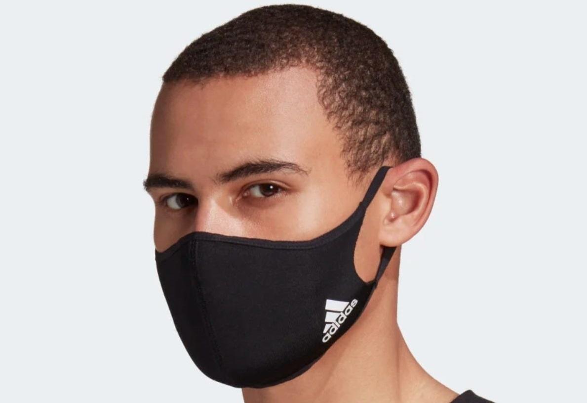 Adidas'ın 16 Dolarlık Maskeleri, eBay'de 90 Dolara Satılıyor.