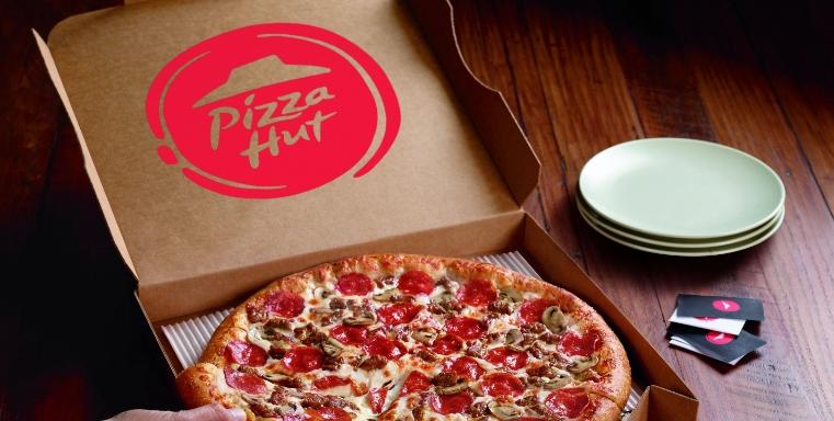 Pizza Hut, Liseden Mezun Olanlara 500 Bin Ücretsiz Pizza Dağıtacak