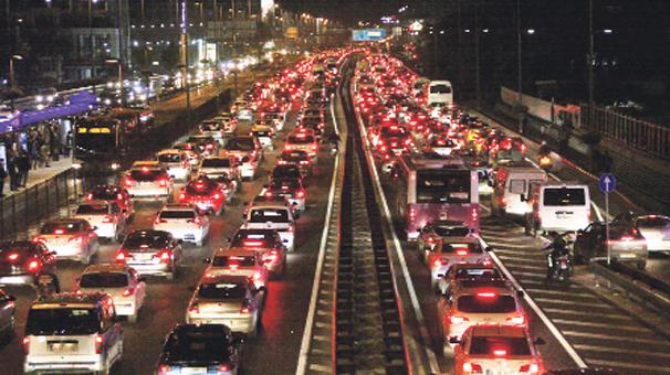 Yandex Navigasyon Verilerine Göre; İstanbul'da Trafik Yoğunluğu Giderek Artıyor