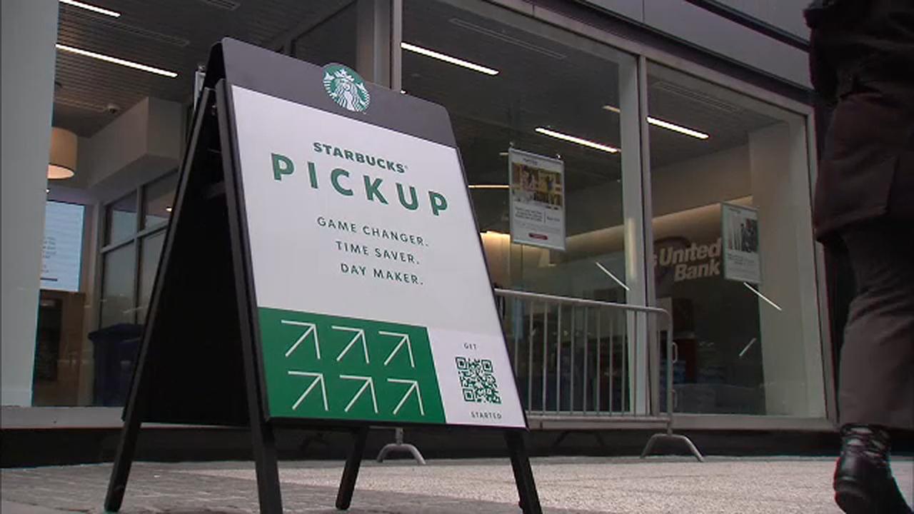 Starbucks, Amerika'da 400 Şubesini Kapatıyor