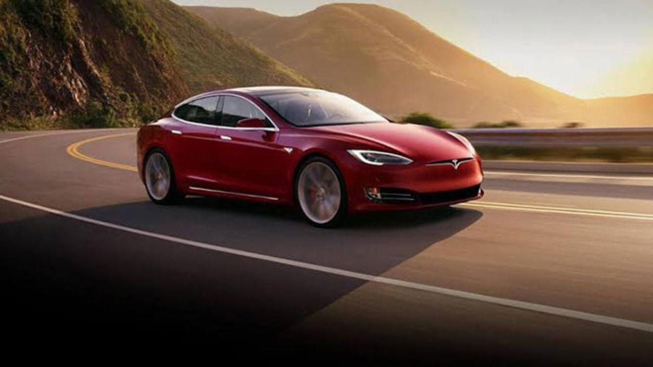 Tesla, Dünyanın En Değerli Otomobil Markası Oldu