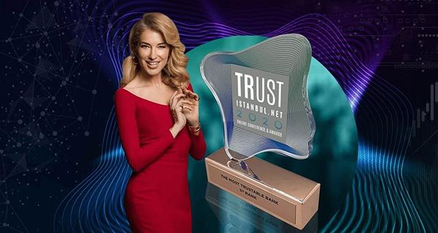 Trust İstanbul Konferansı'nın İlk Gününde Ödüller Sahibini Buldu