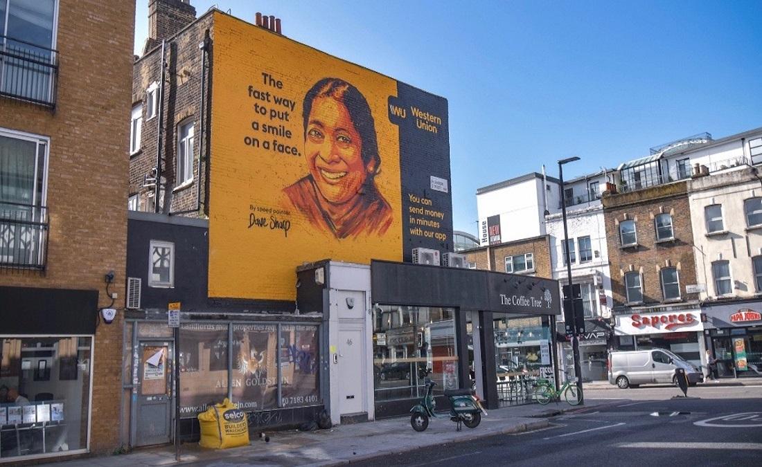 Western Union'ın Dakikalar İçinde Resmedilen Açık Hava Reklamı