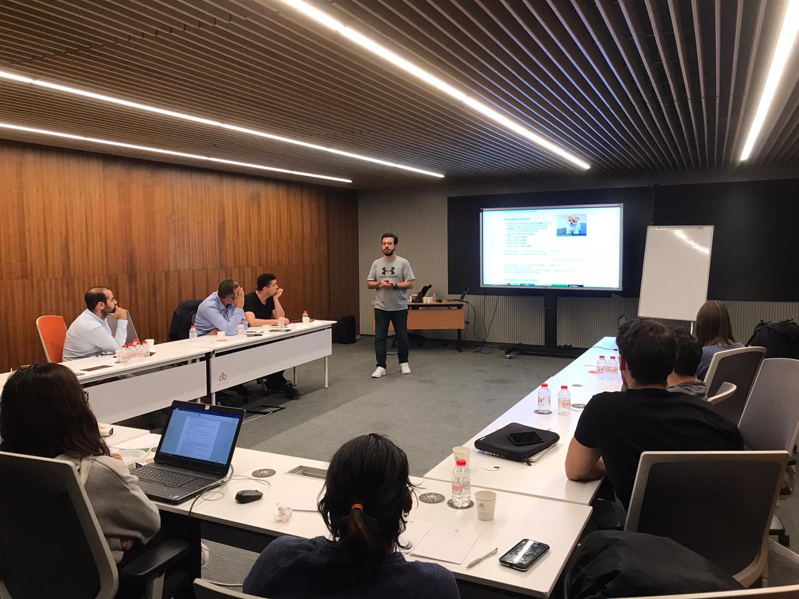 Digital Excellence Program'da Erken Kayıt için Son 5 Kontenjan