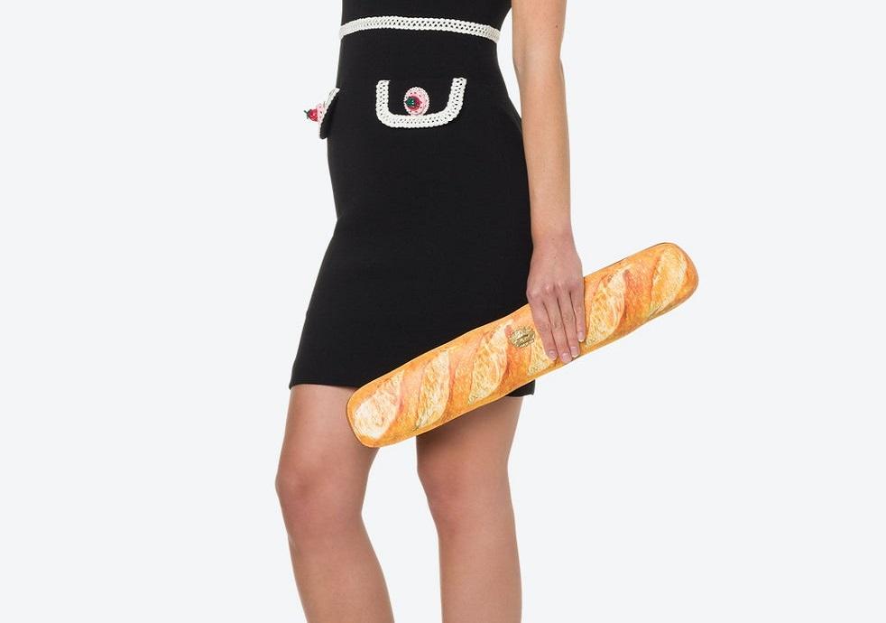 Ekmek Görünümündeki Çantasını 1000 Dolara Satan Marka Tepki Çekti