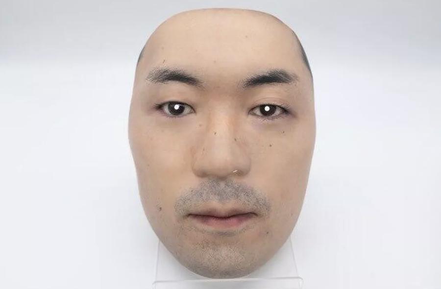 Bu Şirket, İnsanların Yüzlerinden Gerçekçi Maskeler Yapıyor