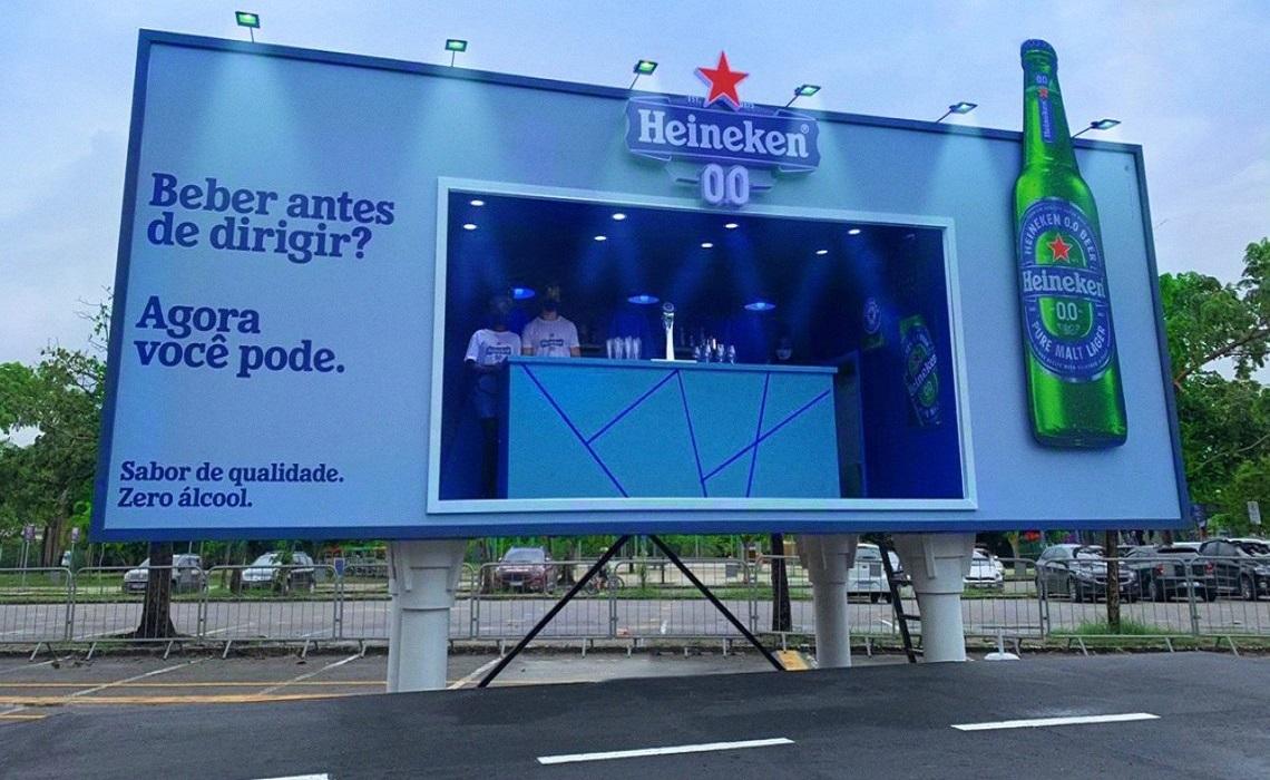 Heineken, Reklam Panosunu Bara Dönüştürdü