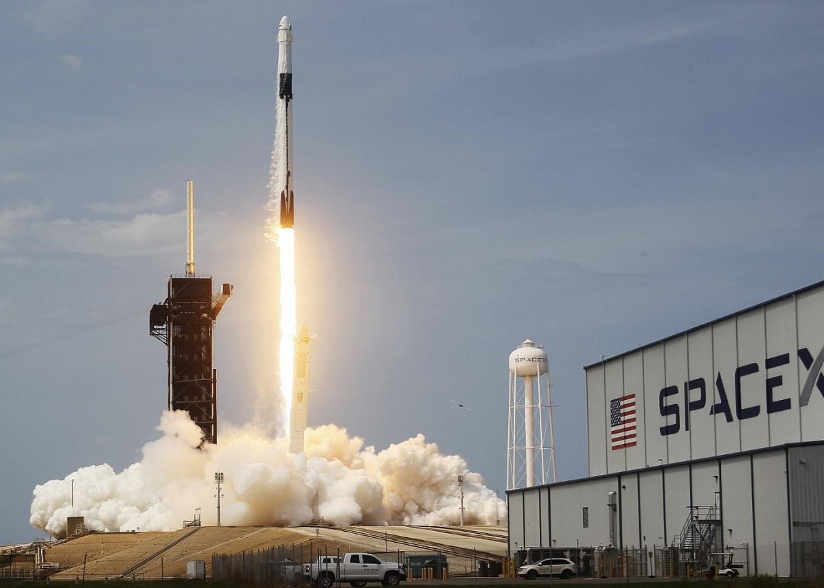 Elon Musk, 4.000 SpaceX Çalışanını Corona Virüse Karşı Test Ediyor