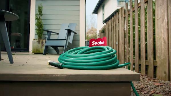 Fisher-Price Yeni Kampanyasında, Nesneleri Oyuncaklara Dönüştürüyor