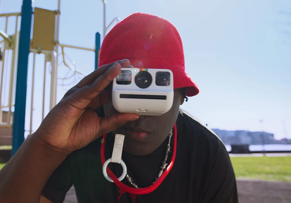 Polaroid, Dünyanın En Küçük Analog Anlık Kamerası Polaroid Go ile Artık Cebinizde