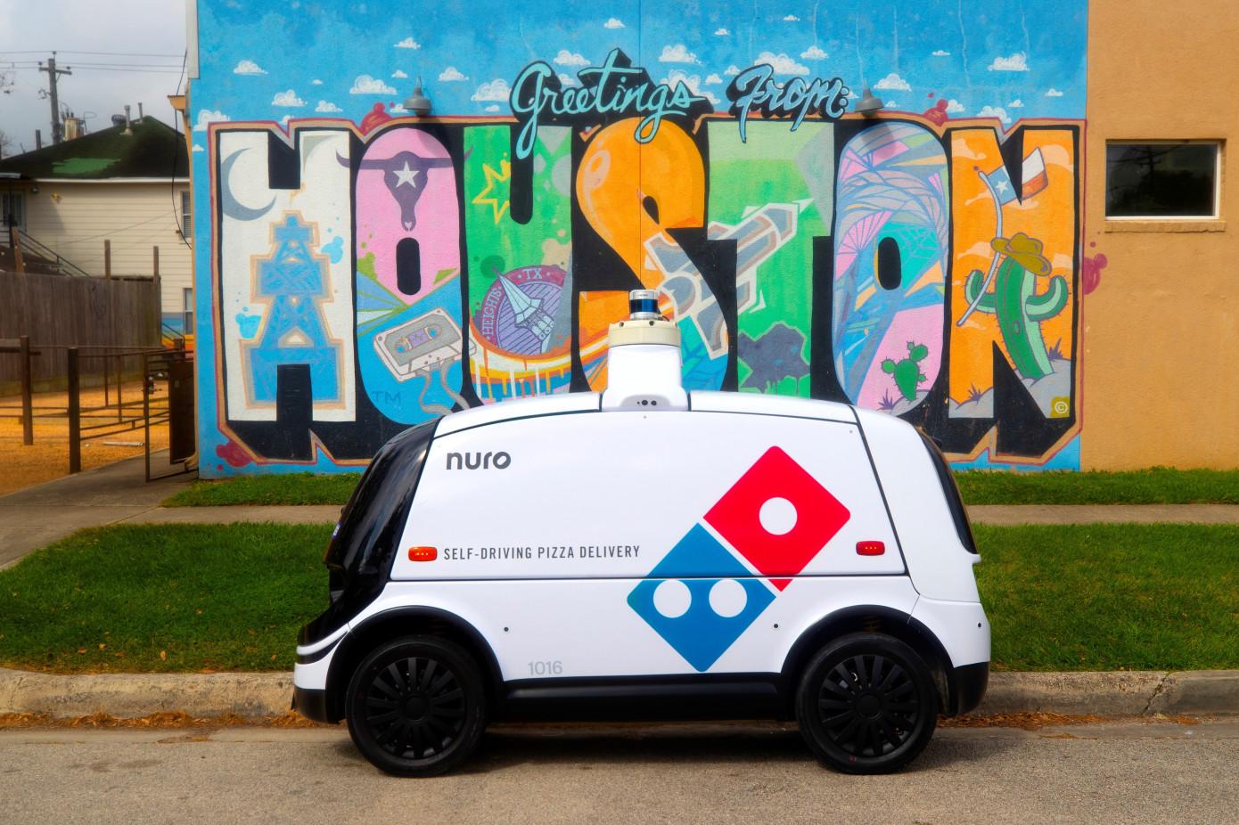 Domino's ve Nuro, Otonom Pizza Teslimatlarına Başlayacak