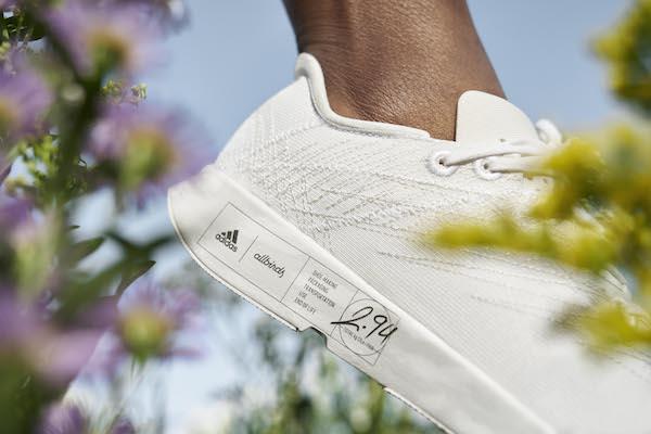 Adidas'tan, Dünyanın En Düşük Karbon Ayak İzine Sahip Ayakkabılar