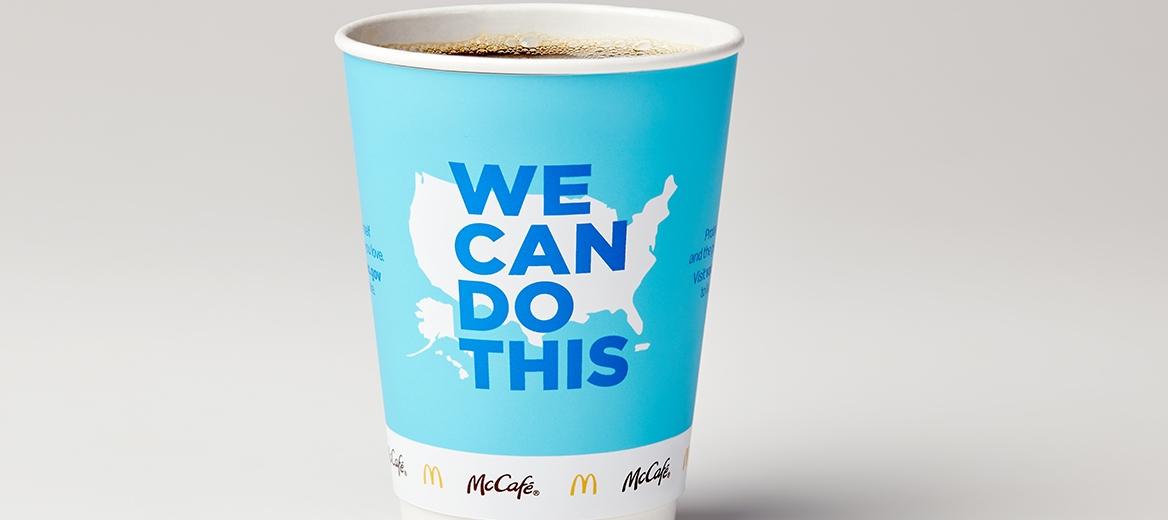 McDonald's, Beyaz Saray ile İşbirliği Yaparak Aşı Bilgilerini İçeren Kahve Bardakları Tasarladı