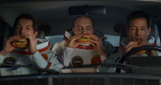 McDonald's Yeni Reklam Filmi için Uzay İstasyonu Seti Kurdu