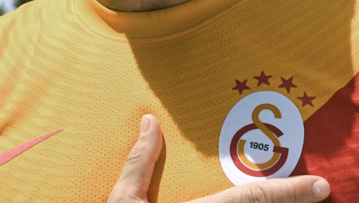 Galatasaray yeni sezon formalarını, yayınladığı reklam filmiyle tanıttı